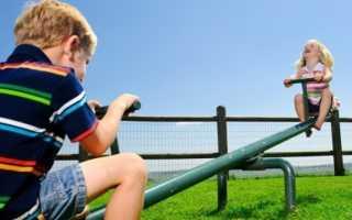 С кем остается ребенок при разводе родителей? Кому из родителей остается ребенок при разводе