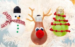 Елочные украшения и поделки из лампочек. Самодельные новогодние игрушки из лампочек