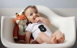 Навыки 8 месяцев. Развитие малыша с помощью игр и игрушек. Грудное или искусственное вскармливание